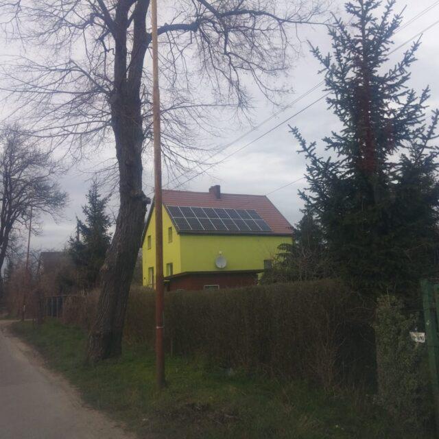 https://sunbraks.pl/wp-content/uploads/2021/03/5-kWp-Stargard-Canadian-Solar-315-Wp-640x640.jpeg