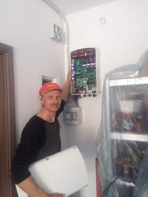 https://sunbraks.pl/wp-content/uploads/2021/04/Solar-Edge-10-kWp-Szczecin-e1618223246381.jpeg